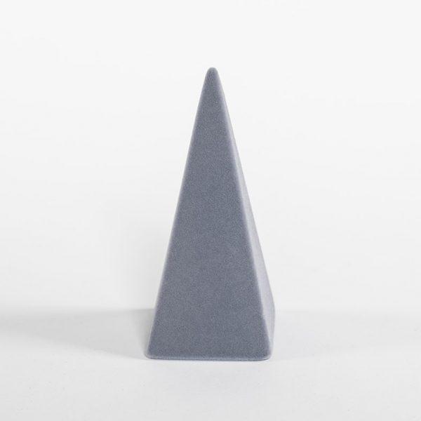 porta anelli a piramide